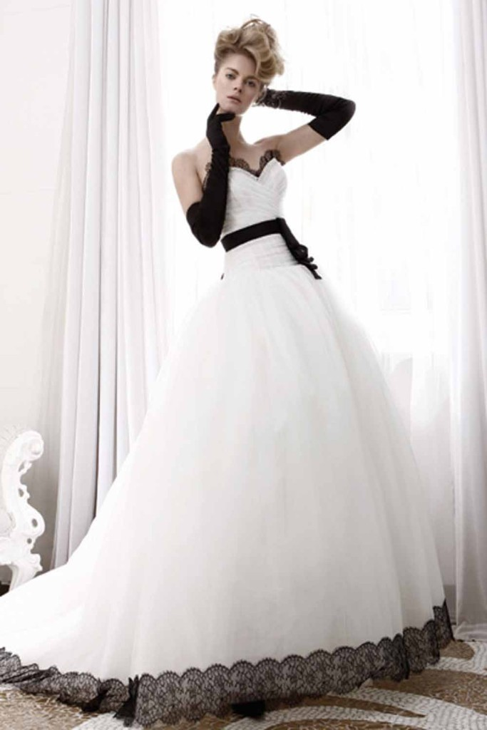 Wedding-Dresses-With-Black-Lace-683x1024